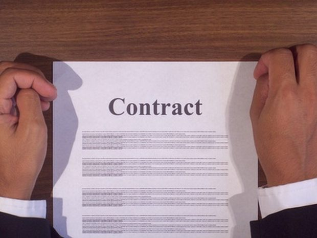 Armadilhas do dia a dia: por que é importante que você peça para um advogado preparar um contrato?